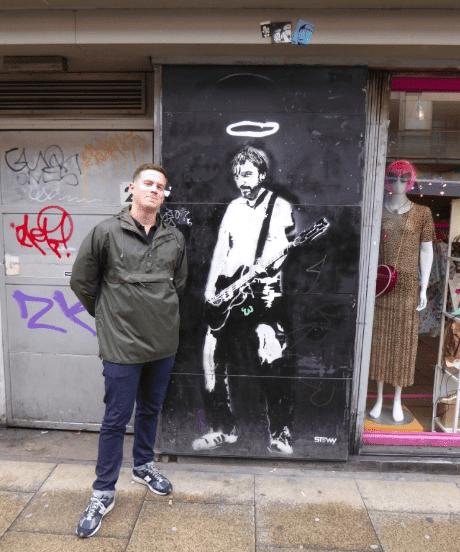peter hook streetart manchester