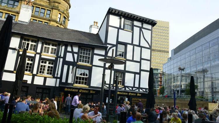 sinclairs pub manchester