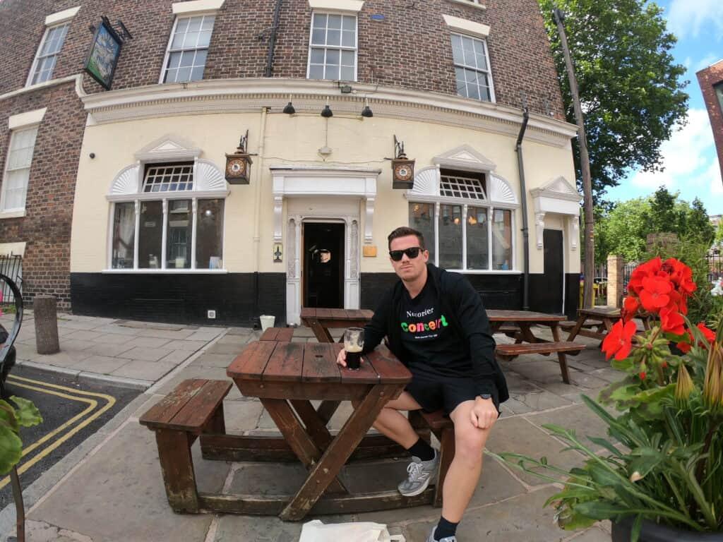 Rejsekris Liverpool pub